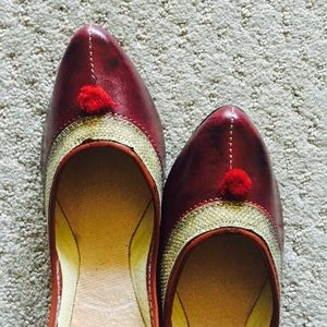 Shoes - New ! Dazzling Maroon Embroidered Shoes